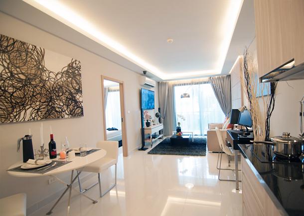 Wohmbereich der 2-Zimmer-Wohnung (Musterwohnung) The Maldives Resort Jomtien