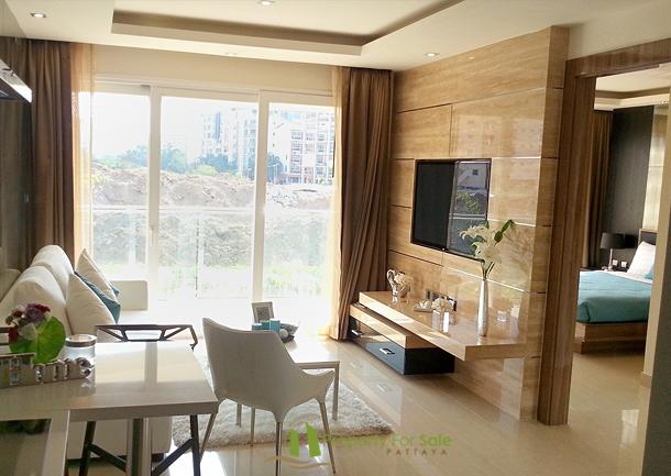 64.85m² Groβe 3 Zimmer Eigentumswohnung im Zentrum Pattaya Kaufen