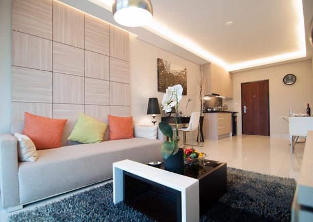 Sitzecke im Wohmbereich der 2-Zimmer-Wohnung (Musterwohnung) The Maldives Resort Pattaya - Jomtien Thailand