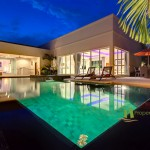 Nachtansicht der Villa In La Residence Villenanlage Pattaya