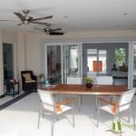 Große überdachte Terrasse Villa mit Meerblick in Pattaya Ost