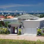 Eingang der Villa mit Meerblick in Pattaya Ost